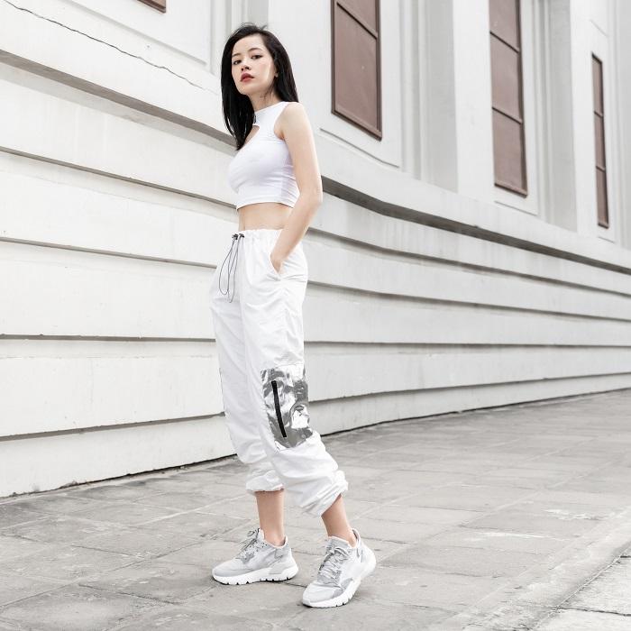 quần jogger phối áo tanktop
